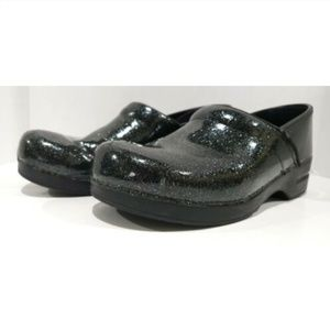 Dansko Clogs 42 shoes Slip On Professional